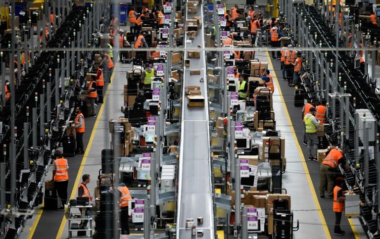 Amazon accusé de gaspillage massif avec les invendus - Stratégies