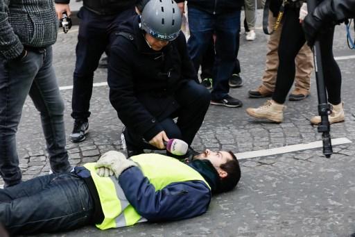 Reporters sans frontières lance «un cri d'alarme» après des agressions de journalistes - Stratégies