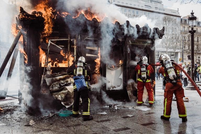 Mediakiosk dénombre 22 kiosques saccagés à Paris le 16 mars