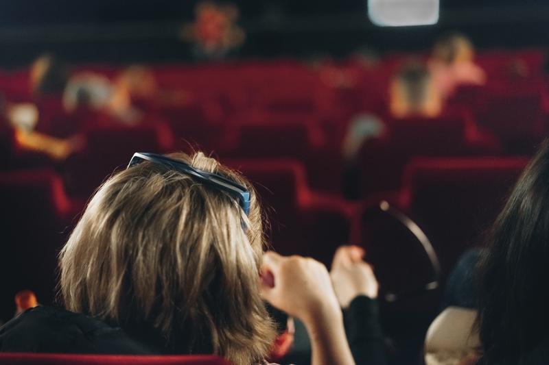 Les seniors vont toujours plus au cinéma